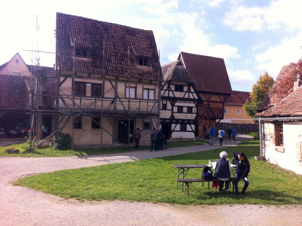 v.l.n.r.: Handwerkerhaus, Bürgerhaus, Hinterhaus.